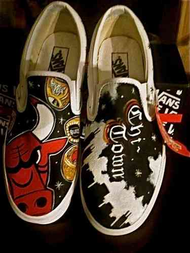 Custom Vans any size Chicago Bulls Chi town