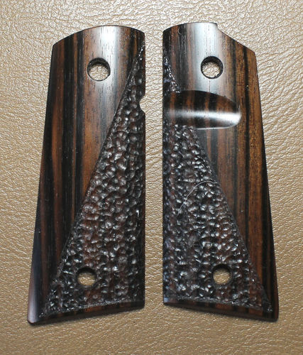 Macassar Ebony, half-stipple
