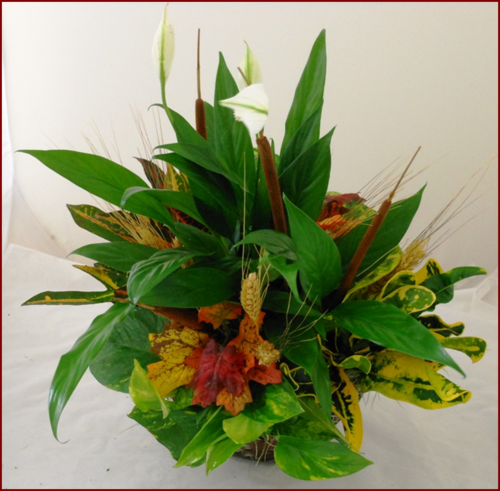 AUTUMN CENTERPIECE BASKET 10""