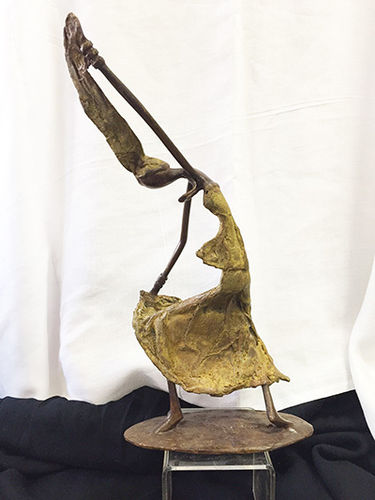 "Bronze ""the spirit of movement"" figurine"